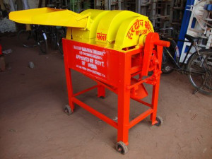 Agricultural Industry Plot Thresher