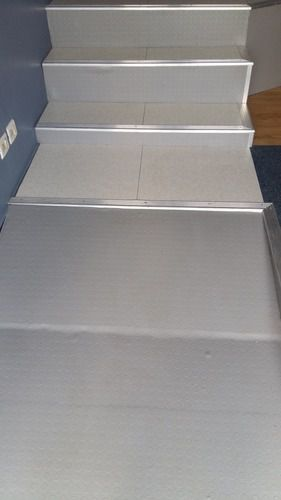 Raised Access Floor Ramp