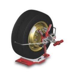 Four Wheeler Wheel Alignment Machine
